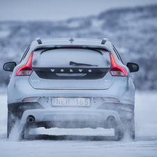 Volvo V40 T4 Summum CC Cross Country