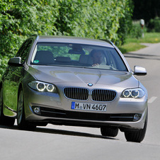 BMW 550i Touring AT