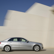 Mercedes-Benz E 250 CDI BlueEfficiency Avantgarde 4Matic