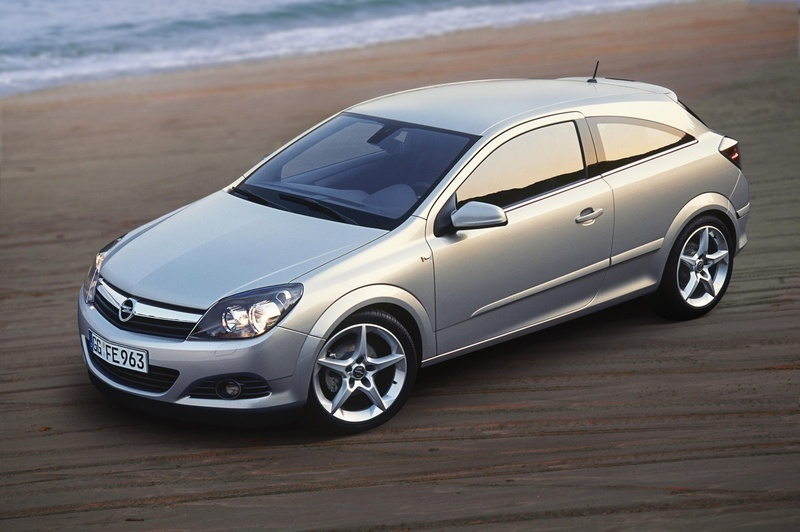 opel astra gtc 1 9 cdti ecotec 2 photos and 63 specs. Black Bedroom Furniture Sets. Home Design Ideas