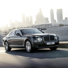 The new Mulsanne Speed ​​has 537hp and 1100Nm of torque, a selectable sport suspension and steering on demand