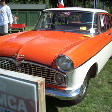 1958 Simca Vedette Beaulieu