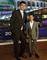Hamilton vs NBA star Yao Ming.   You can be fast or tall, but you can't be both!