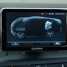 An infotainment screen will show power use