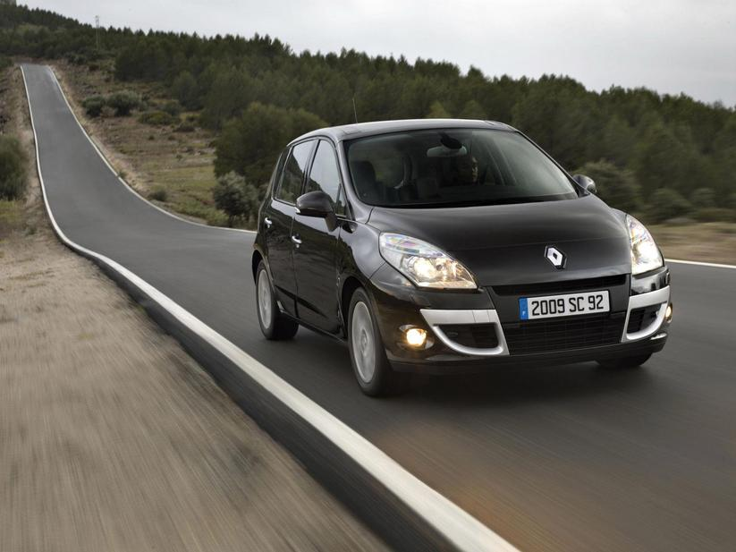 renault scenic iii 1 5 dci eco2 fap dynamique s 2 photos and 50 specs. Black Bedroom Furniture Sets. Home Design Ideas