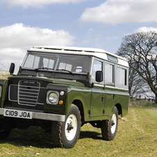 Land Rover Series III Station Wagon