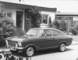 Opel Record Coupé