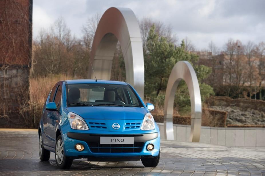 photo courtesy of: Nissan. Nissan Pixo 1.0 Visia. basic info. spec rating. Top Speed 155 km/h. Acceleration (0-100 km/h)