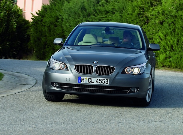 BMW 525d xDrive Automatic Executive Photos :: 1 picture :: autoviva ...