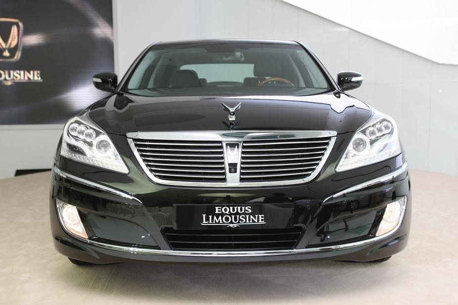 Hyundai Equus VS380 :: 1 photo and 40 specs :: autoviva.com