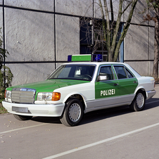 Mercedes-Benz 420 SE Police Vehicle