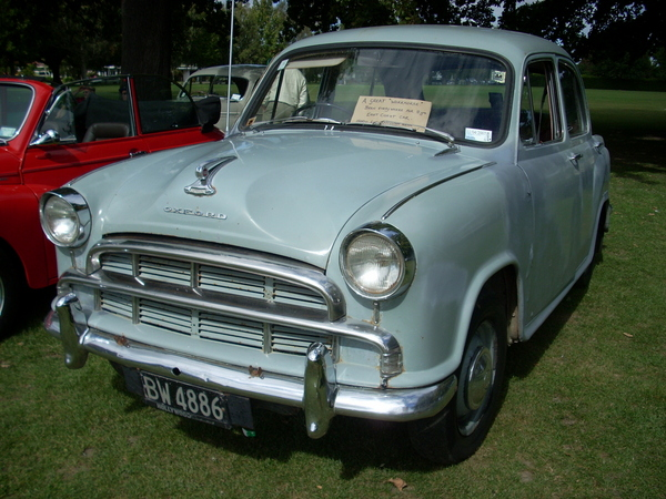 1957 Morris Oxford Series III Saloon