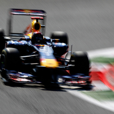 Vettel continues Red Bull dominance in qualifying