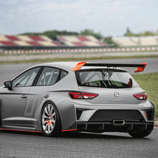 Seat does not know when development will be finished