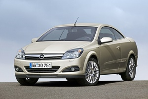 Opel Astra Twin Top 2.0 Turbo