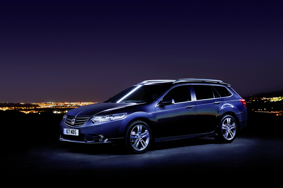 honda accord tourer 2 4 type s automatic 1 photo and 11 specs. Black Bedroom Furniture Sets. Home Design Ideas