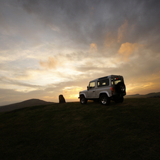 Land Rover Defender 90 SW E