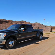 Ford F-Series Super Duty F-350 137-in. WB XLT Styleside SRW Regular Cab 4x4