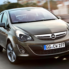 Opel Corsa 1.4 Twinport Cosmo (11)