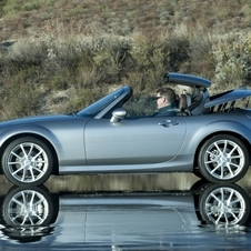 Mazda MX-5 Touring Power Retractable Hardtop