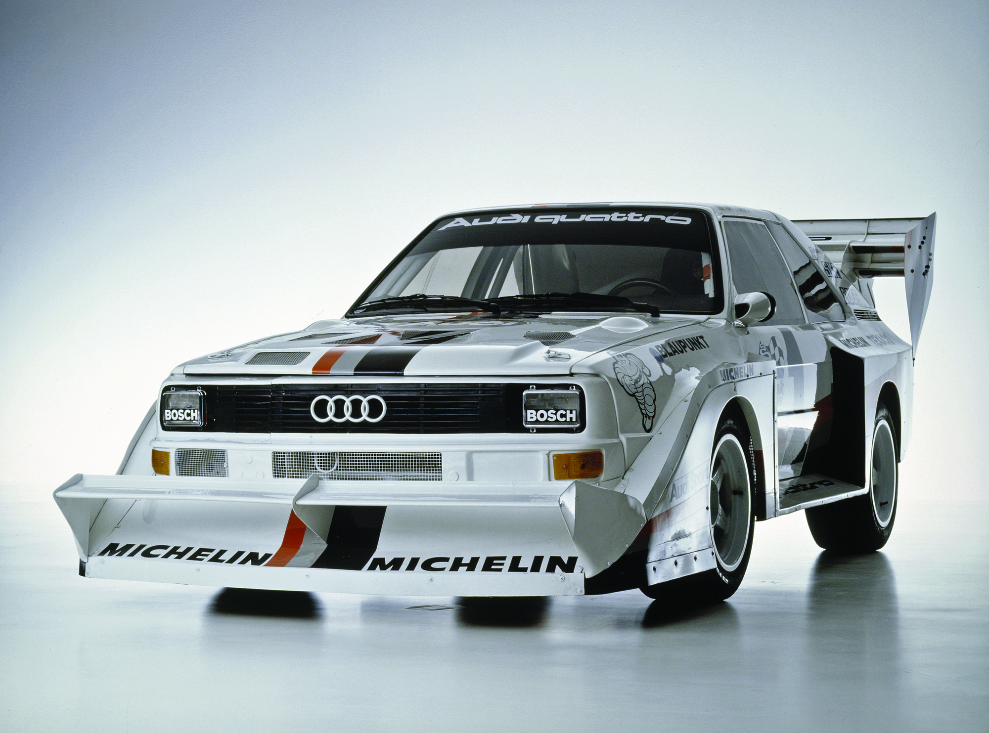 walter r hrl returning to the pikes peak on the original audi sport quattro s1 slideshow. Black Bedroom Furniture Sets. Home Design Ideas