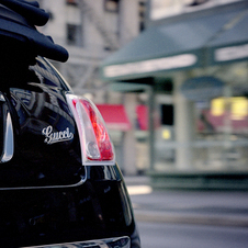 Fiat 500 Gucci Edition Advertised by Jennifer Lopez in the US and Abarth 500 Debut ad video