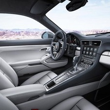 The new Porsche Communication Management (PCM) is another feature which is now fitted as standard on the 911