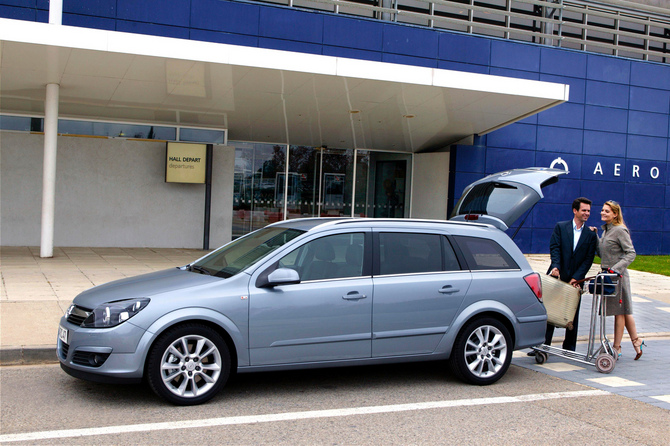 opel astra caravan 1.9 cdti dpf enjoy active select photos :: 3