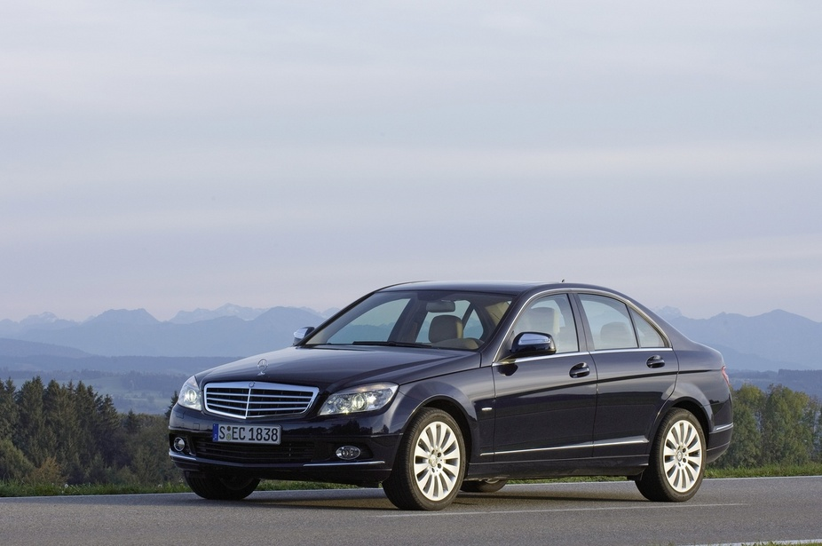 Mercedes-Benz C 180 Kompressor BlueEFFICIENCY Automatic