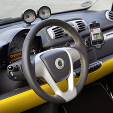The dashboard is also yellow and black