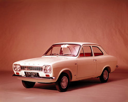 Ford Escort 1300 Saloon