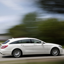 The CLA Shooting Brake copies the shape of the CLS Shooting Brake but in a smaller platform