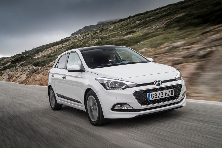 Hyundai i20 1.1 CRDi Blue Access :: 1 photo :: autoviva.com