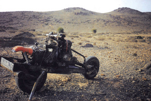 Stranded in the desert, man builds motorcycle from broken ...