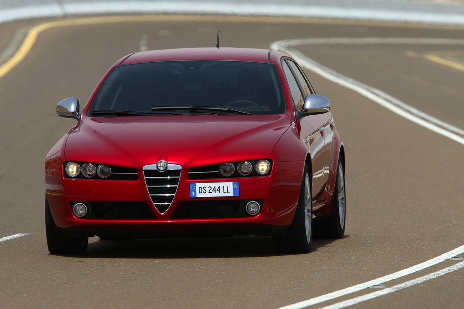 alfa romeo 159 sw 2 0 jtdm distinctive ti 1 photo and 51 specs. Black Bedroom Furniture Sets. Home Design Ideas