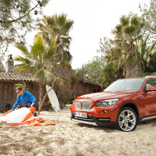 BMW X1 xDrive28i AT