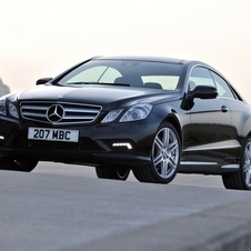 Mercedes-Benz E350 Coupe CGI BlueEFF. SE