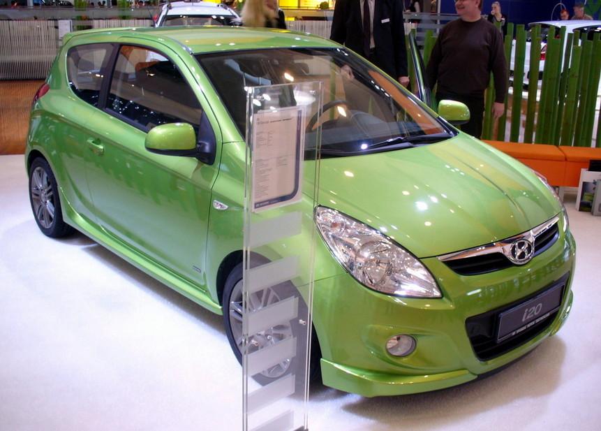 Hyundai i20 1.6 CRDi :: 1 photo and 75 specs :: autoviva.com