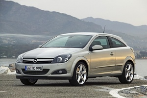 Opel Astra GTC 1.8 Automatic