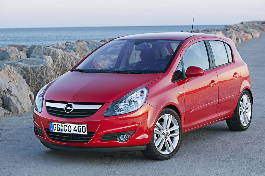 opel corsa 1 7 cdti dpf cosmo 3 photos and 48 specs. Black Bedroom Furniture Sets. Home Design Ideas