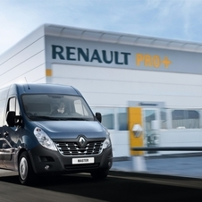 Renault Master Chassis Cabina Simples Propulsão L4 3.5T 2.3 dCi Rodado Duplo