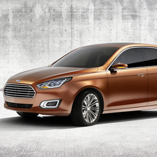 The front clearly borrows from the Mondeo and Taurus