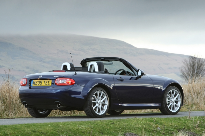 Mazda MX-5 Open 2.0i Sport Tech