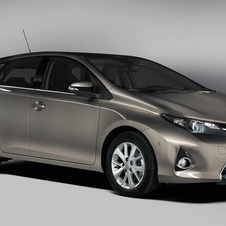 The new Auris is available with petrol, diesel and hybrid engines