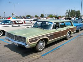 Ford Country Squire Station Wagon