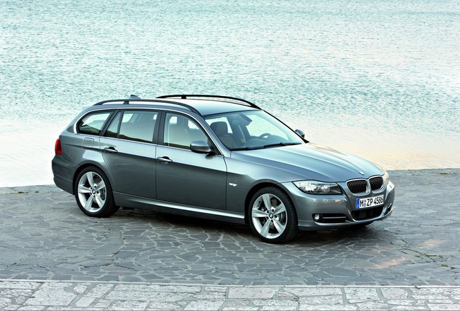 people bmw 320d xdrive touring e91 lci photo. Black Bedroom Furniture Sets. Home Design Ideas