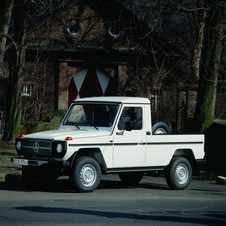 Mercedes-Benz 290 GD Lang Pick-up