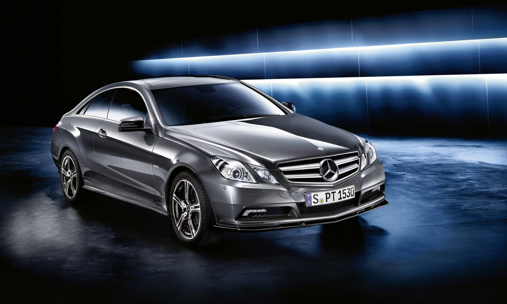 mercedes benz e 200 cgi coup blueefficiency auto. Black Bedroom Furniture Sets. Home Design Ideas