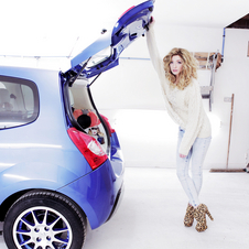 Renault Twingo Goes Pop