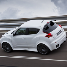 First Nissan Juke-R Finished with 545hp and New Body Kit
